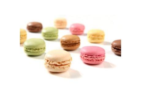Sélections de mini macarons gourmands- 24 pcs