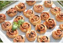 Feuilletés roulés aux tomates et mozzarella - 24 pcs